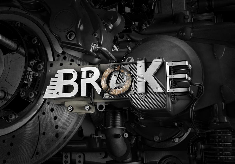 Mercedes : Brake/Broke